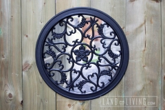 Circle gate ornament